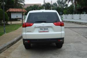 Rent a car Mitsubishi Pajero (13-15) - photo 6