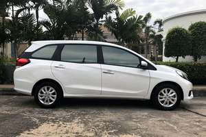 Rent a car Honda Mobilio (7 Seater) - photo 4