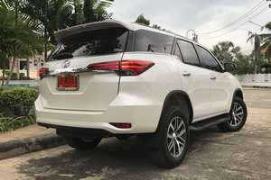 Rent a car NEW Toyota Fortuner (17-18) - photo 4