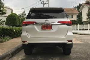 Rent a car NEW Toyota Fortuner (17-18) - photo 5