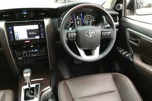 Rent a car NEW Toyota Fortuner (17-18) - photo 7