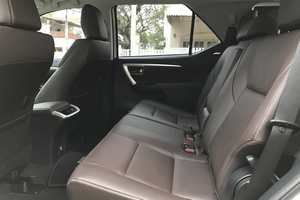 Rent a car NEW Toyota Fortuner (17-18) - photo 10