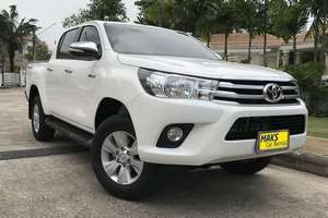 Rent a car NEW Toyota Hilux (17-18) - photo 1