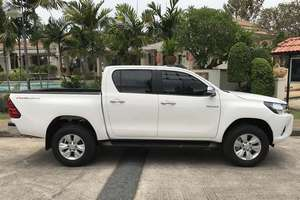 Rent a car NEW Toyota Hilux (17-18) - photo 3