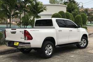 Rent a car NEW Toyota Hilux (17-18) - photo 4
