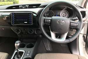 Rent a car NEW Toyota Hilux (17-18) - photo 10