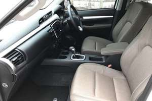 Rent a car NEW Toyota Hilux (17-18) - photo 12